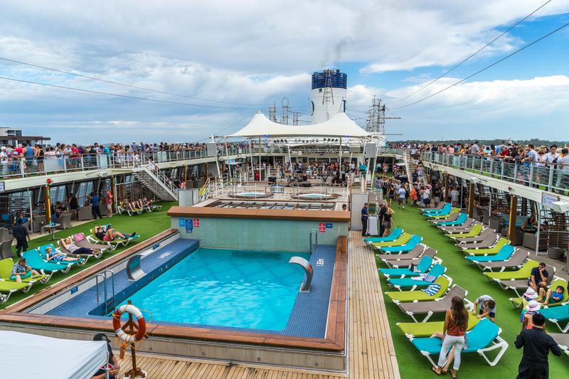 Ocean cruise entertain and pool area.