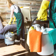 Cleaning service with professional equipment