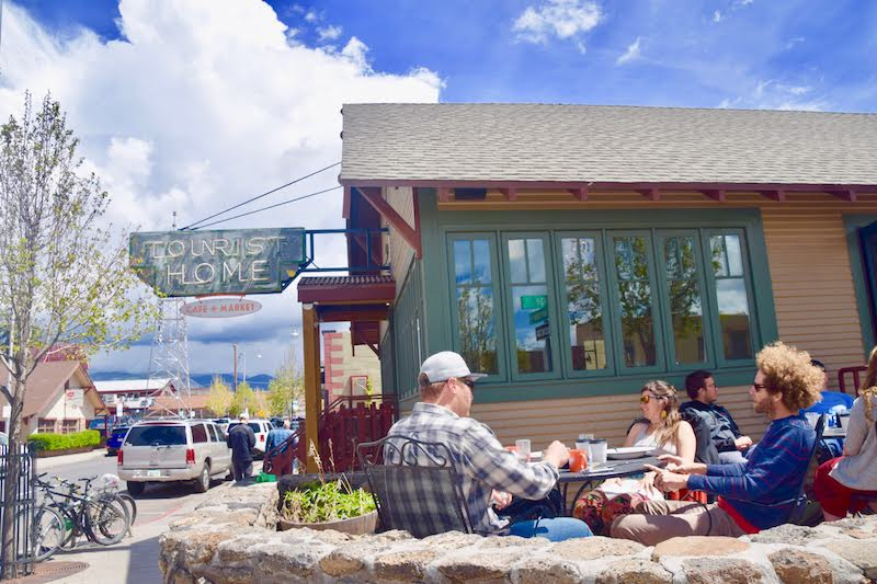 Outside Dining, Flagstaff. Photo: Rina Nehdar