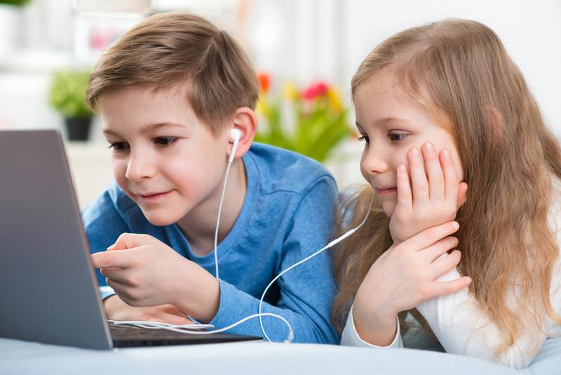 Sharing headphones